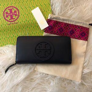 Tory Burch Charlie zip wallet